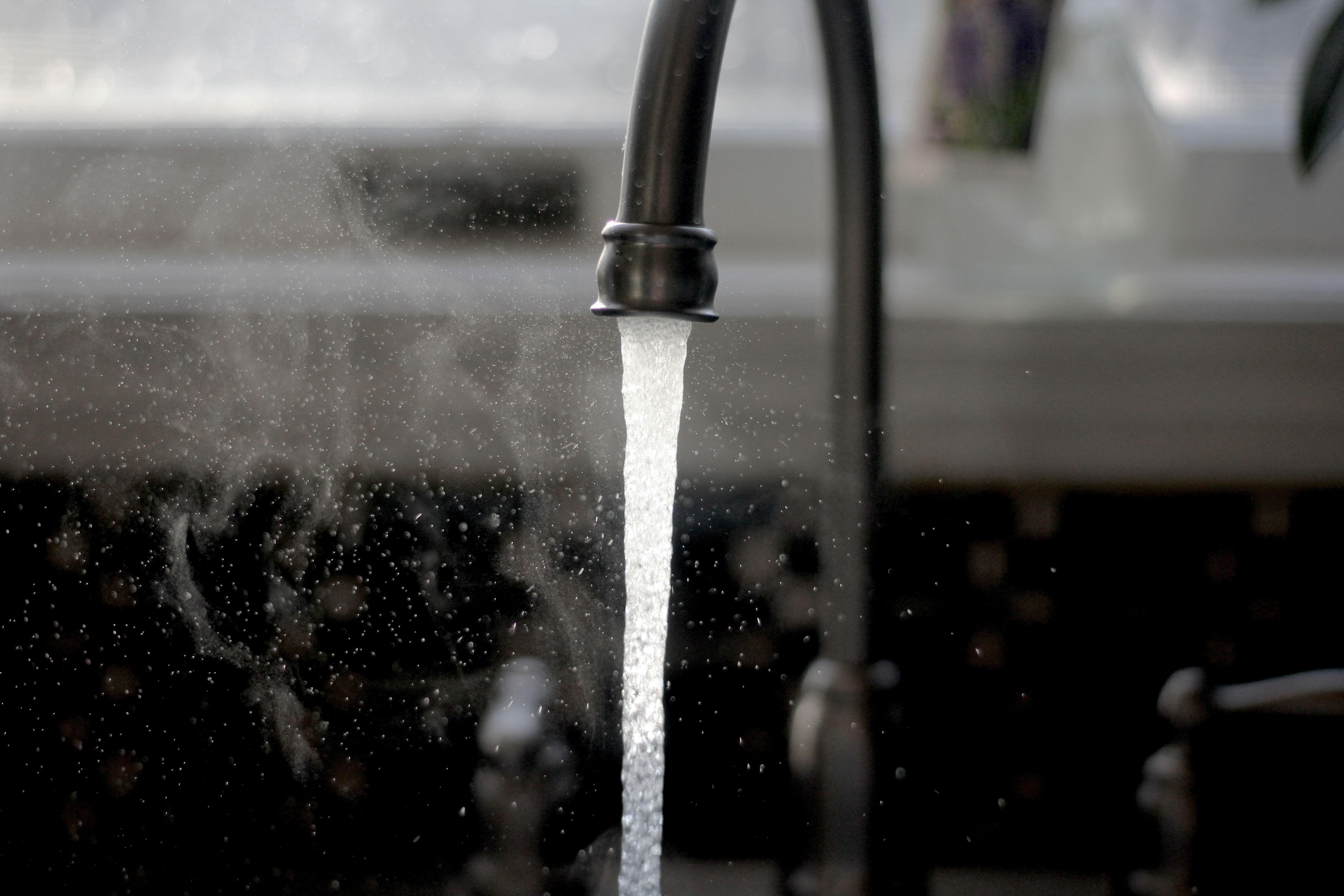 Wasser und Service